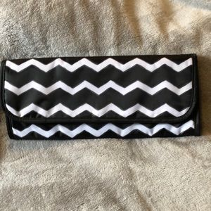 2 for $25 ThirtyOne Fold Over Flat Iron Travel Bag